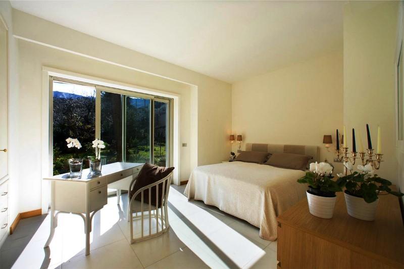 Sorrento villa with pool